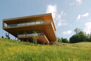 Drvena kuća s fantastičnim pogledom