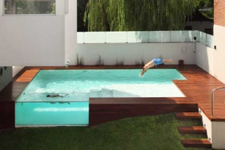 Zanimljiv dizajn nadzemnog bazena